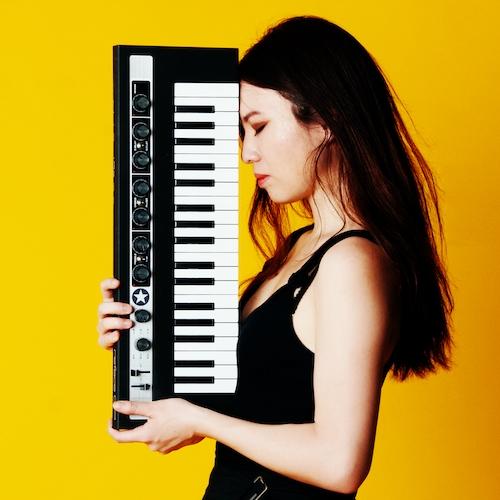 Belle Chen 2020 Artist Image 500x500 - Credit Billie Tun
